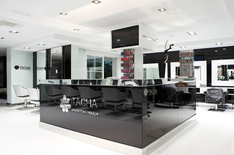 Reforma centros estética Madrid. Decoración interiores peluquería